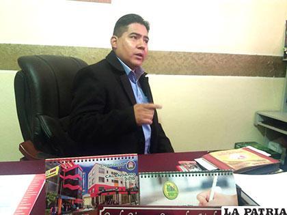 En Oruro existen cerca de 1.600 maestros desocupados