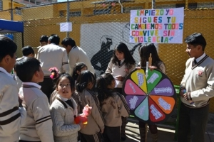 Estudiantes promueven la prevención de los tipos de violencia en su unidad educativa a partir de juegos lúdicos