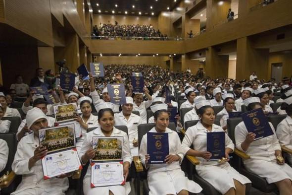La Escuela de Salud de Chúa Cocani graduó a 95 técnicos