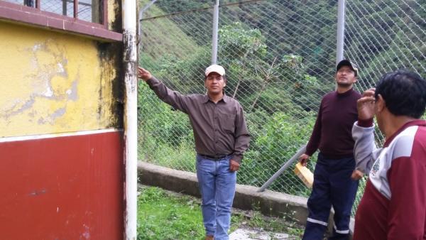 Salud y educación en Zongo Valle, en condiciones precarias