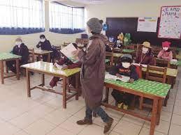 Clases en el área rural: poca bioseguridad y maestros obligados