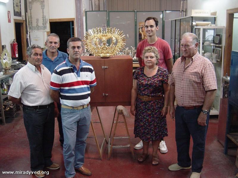 LA CORONA DEL TERCER CENTENARIO LLEGA  A  OLIVARES
