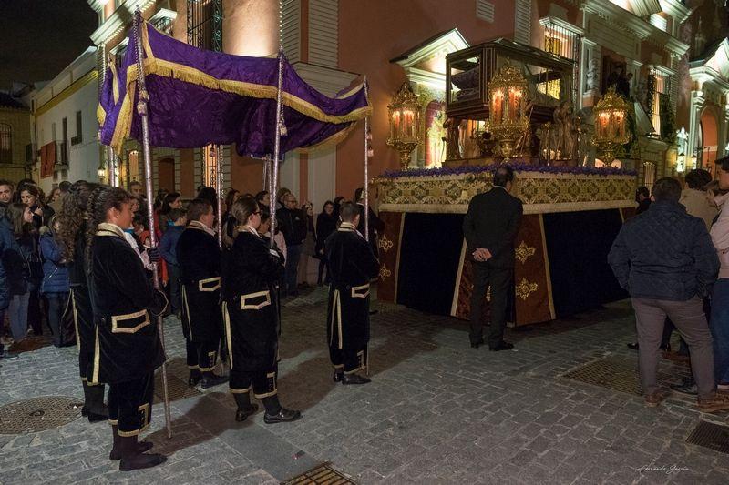 SALIDA DEL PASO DEL CRISTO YACENTE 2018