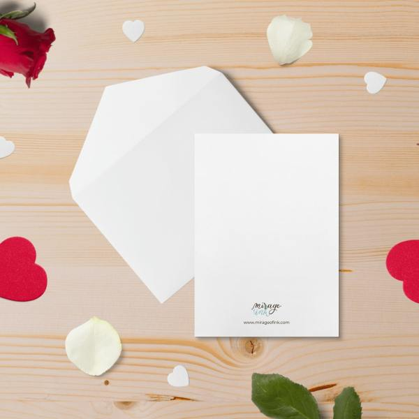 Recto de la collection de cartes de saint valentin de la créatrice toulousaine Mirage of Ink. Fond blanc simple avec le logo et le site internet centrés en bas.