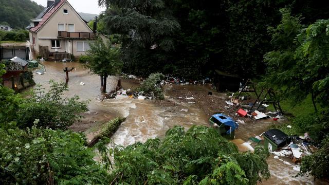 Hegen kentinde de su baskınları ve taşkınlar yaşandı.
