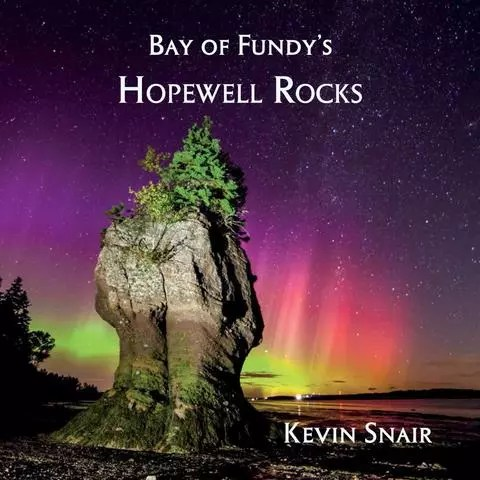 Bay of Fundy's Hopewell Rocks by Kevin Snair