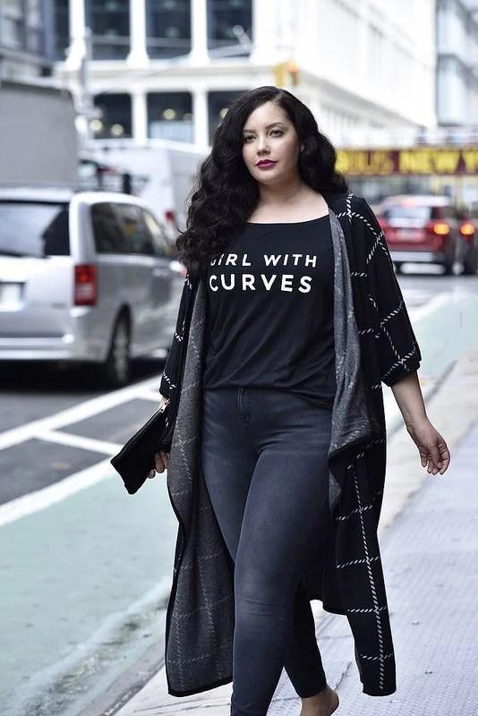 4 inspirações de looks para quem veste plus size