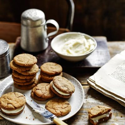 Lemon Cheesecake Gingernuts – Sainsbury's Magazine