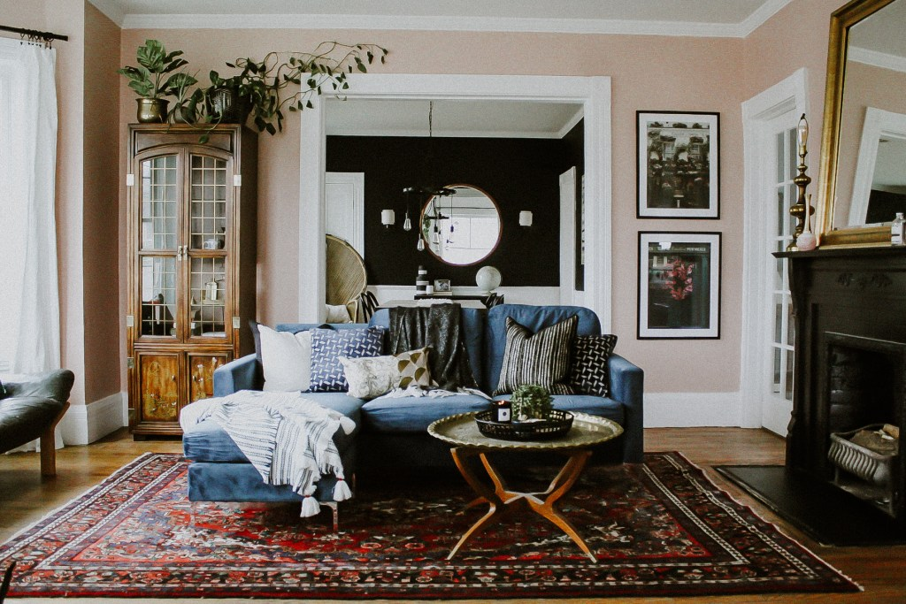 One Room Challenge: Parlor Reveal | A colorful living room with dusty pink walls, blue velvet sofa and a Persian rug | Eclectic living room | See more at www.mirandaschroeder.com