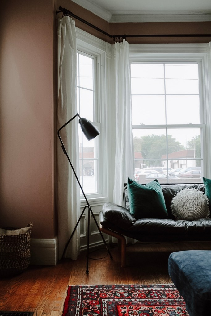 Light Up Your Life (And Home) with Floor Lamps | Miranda Schroeder Blog | www.mirandaschroeder.com  #floorlamp #readinglamp #lightfixtures #desklamp #lamp #lamps #brighttech