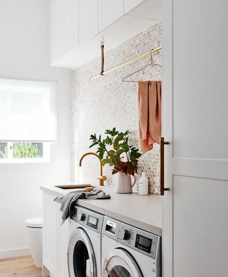 Mudroom & Laundry Room Makeover on a Budget | Laundry Room Inspiration from Miranda Schroeder Blog | www.mirandaschroeder.com