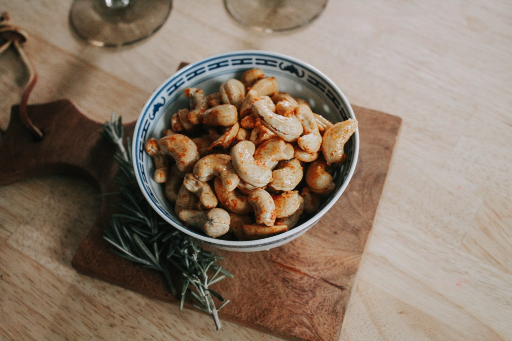 Super Easy, Sweet & Spicy Roasted Cashews | Miranda Schroeder Blog  Quick Party Snacks to Save the Stress!  https://mirandaschroeder.com/