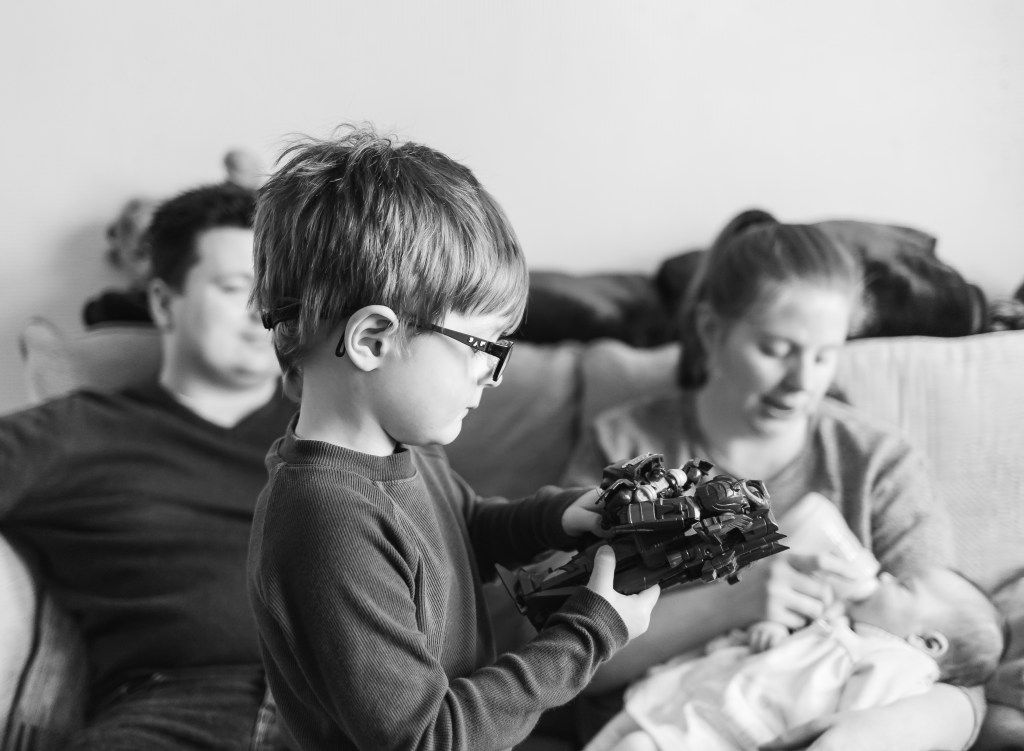 what happens at the home lifestyle photoshoot family photographer on the go