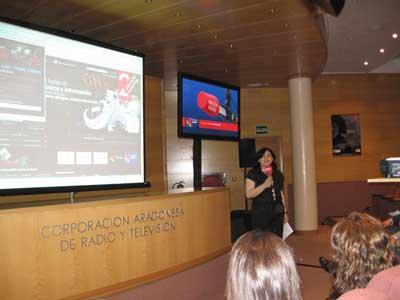 Rosa Pellicero presenta aragonradio2.com