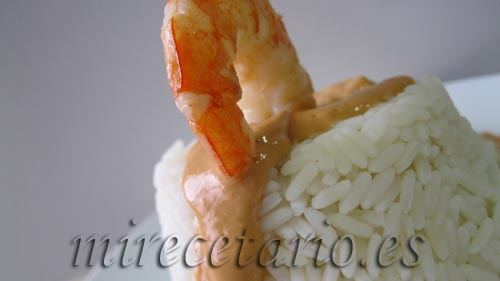 Pastelitos de arroz con marisco