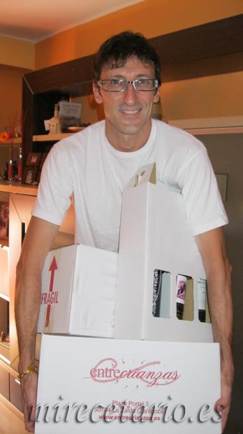 Las cajas con el premio de ponaragonentumesa.com