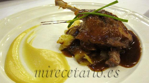 Muslo de Pato a la Sidra con Manzanas.