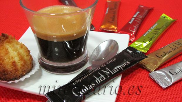 Coquitos caseros con café y unas Gotas del Marqués.