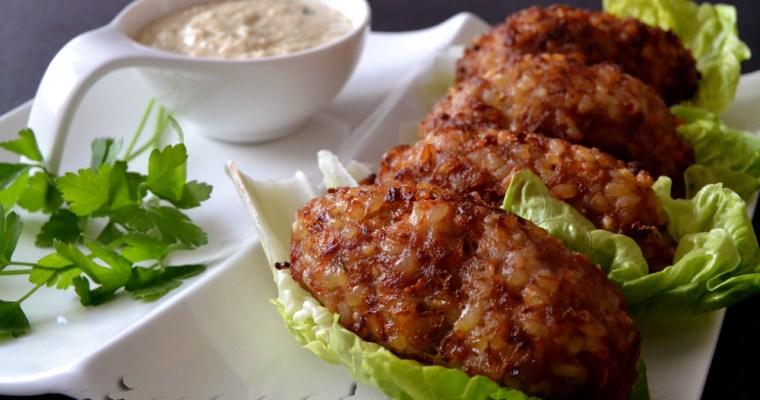 Kibbeh con salsa de Tahini {Líbano}