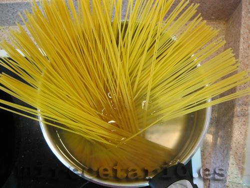Spaguetti al agua