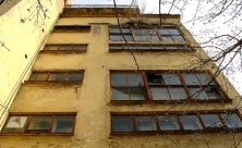 Narkomfin_Building_Moscow_2007_02