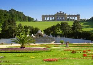 schonbrunn-palace-park-a394