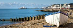 Eastbourne-beach-boat-665