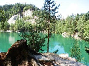 foto do lago descongelado