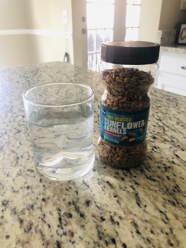 Magnesium water and sunflower seeds