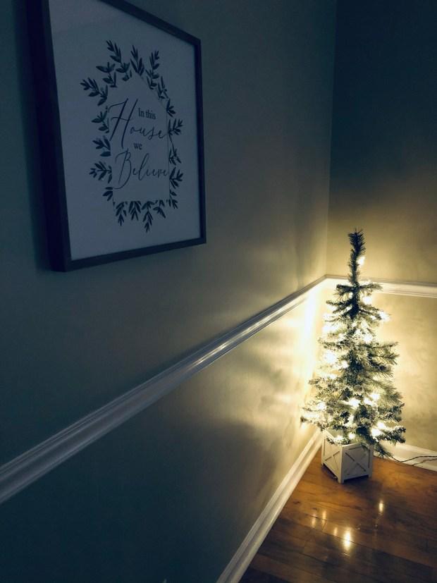 Mini Christmas tree and Christmas sign