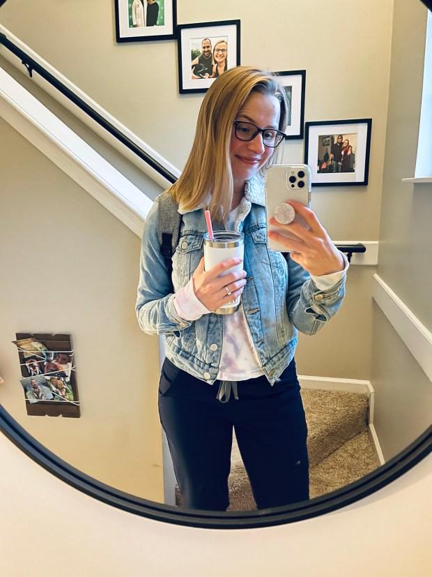 Work outfit selfie