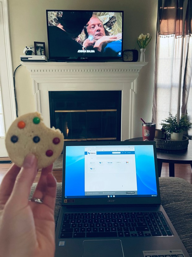 eating ice cream sandwich while working and watching scandal
