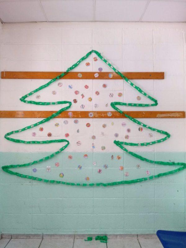 Enfeites de papel para árvore de Natal
