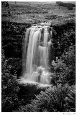 Waterfall - Hell Gill Beck