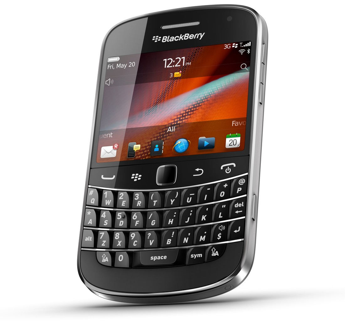 Why I'm going back to an old BlackBerry | by Dallin Crump | Medium