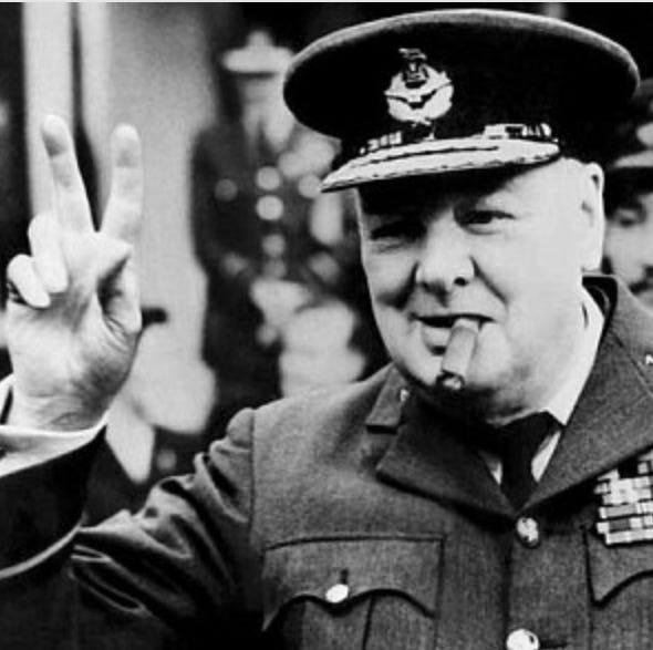 Resultado de imagen para Fotos de Winston Churchill, primer lord del almirantazgo