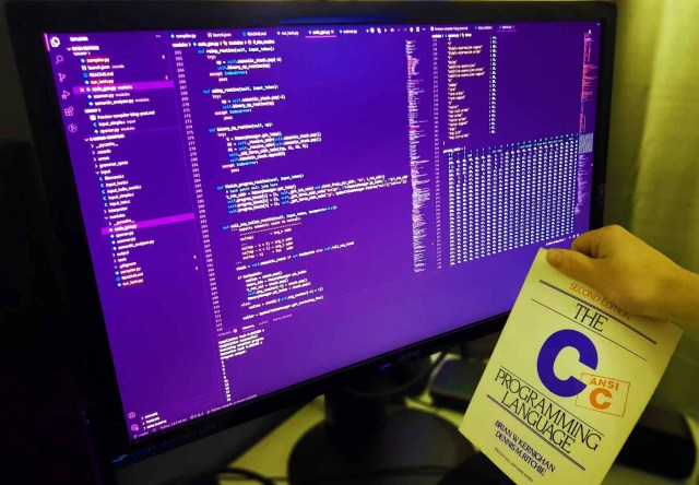 How to write C compiler from scratch with Python!  Medium