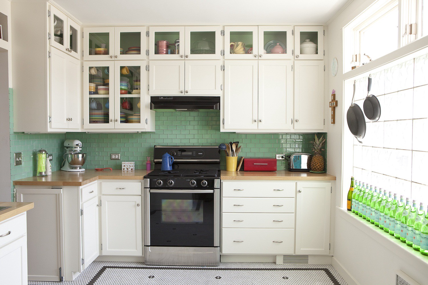 View Simple Kitchen Decoration Pictures