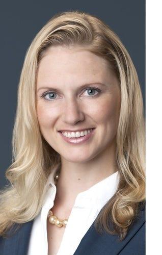 Anna Schecter Medium