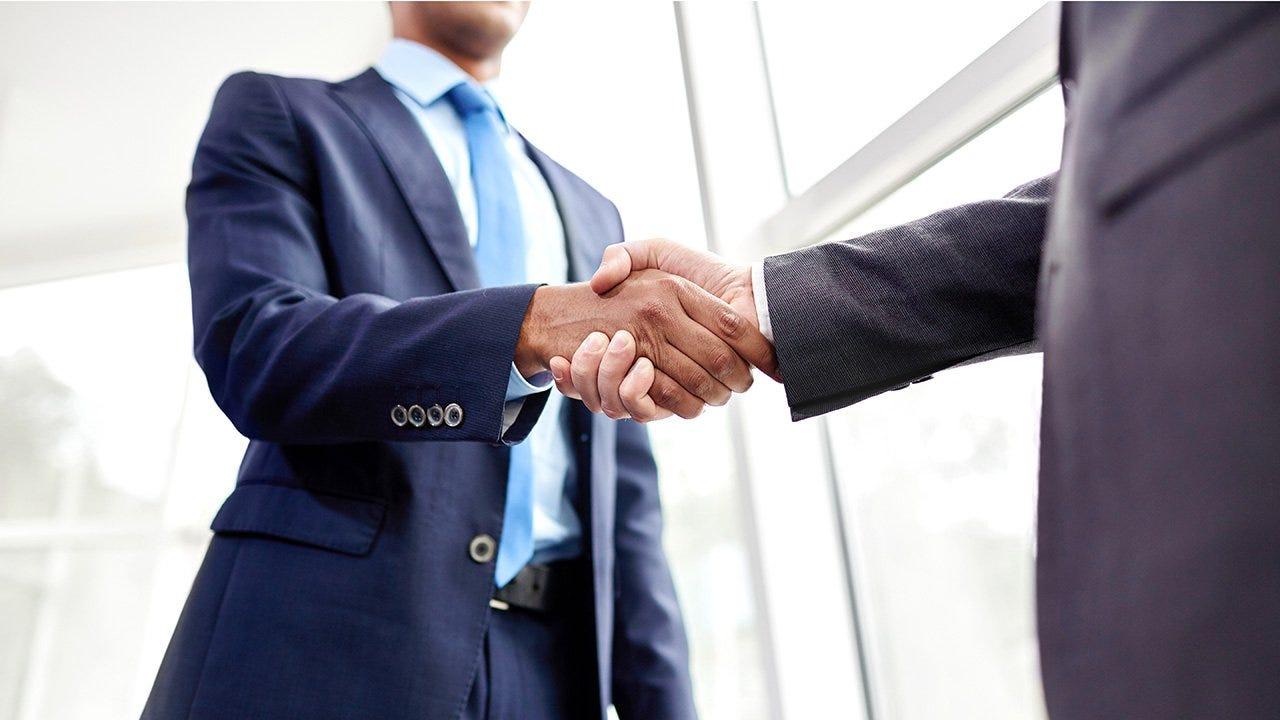 Por qué los empresarios exitosos inician en el área de ventas — Francisco Pérez Yoma   by Francisco Pérez Yoma   Medium