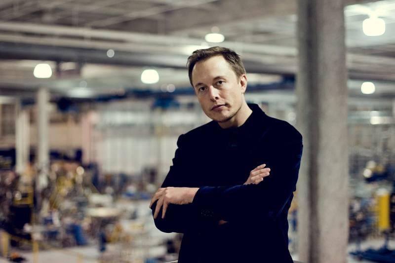 Elon Musk, South African entrepreneur who founded Neuralink.