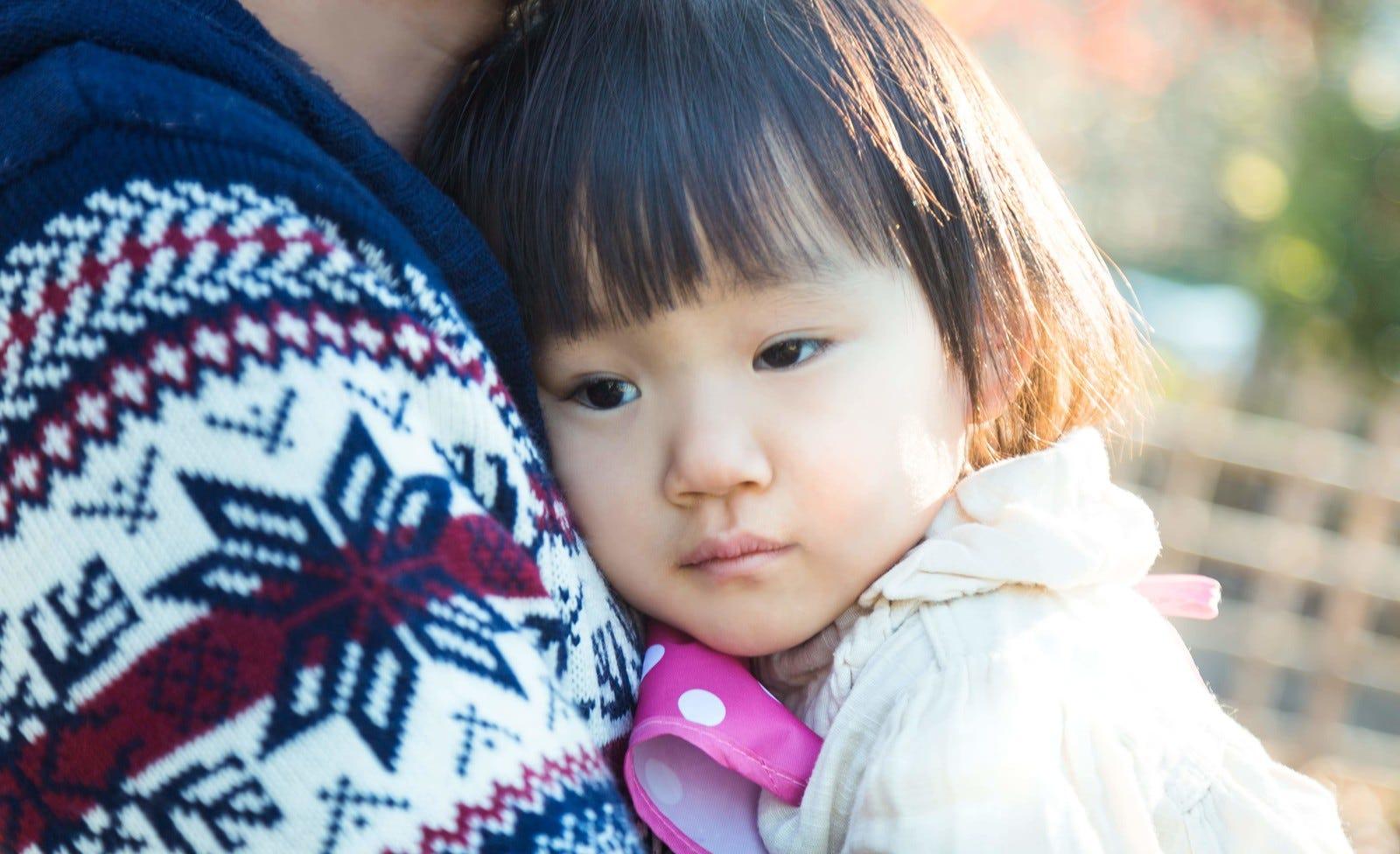 """孩子叫都叫不動,""""孩子不懂事""""為借口,孩子的親生父親是誰 - 每日頭條"""