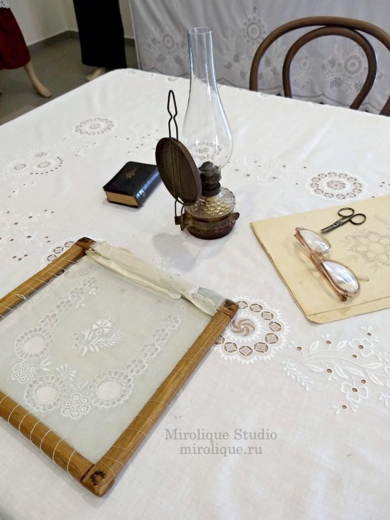 Экспозиция в музее хёвейского кружева