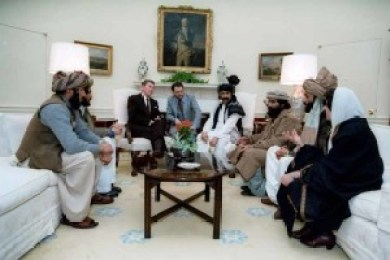 1983 - President Ronald Reagan meets with Afghan Mujahideen commanders in the Oval Office (photo credits to anwaribrahimdotcom via Flickr Creative Commons