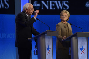 Bernie Sanders and Hillary Clinton face off. Photo by ABC/Ida Mae Astute https://creativecommons.org/licenses/by-nd/2.0/