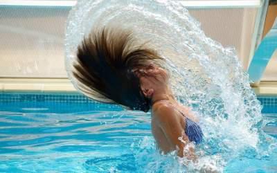 7 trucos para cuidar el pelo en verano