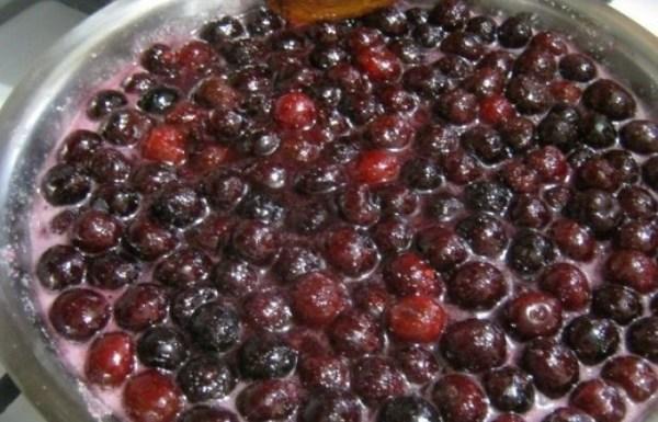 Варенье вишневое с косточками - пошаговый рецепт с фото