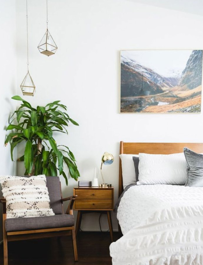 5 Simple Ideas for a MidCentury Modern Bedroom