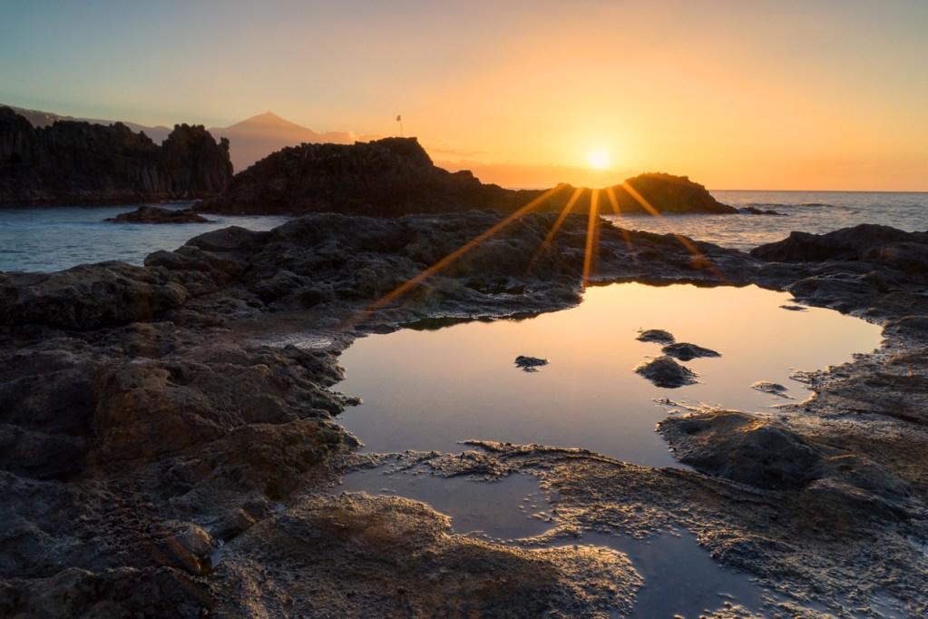 Sonnenuntergang in El Pris mit Teide auf Teneriffa