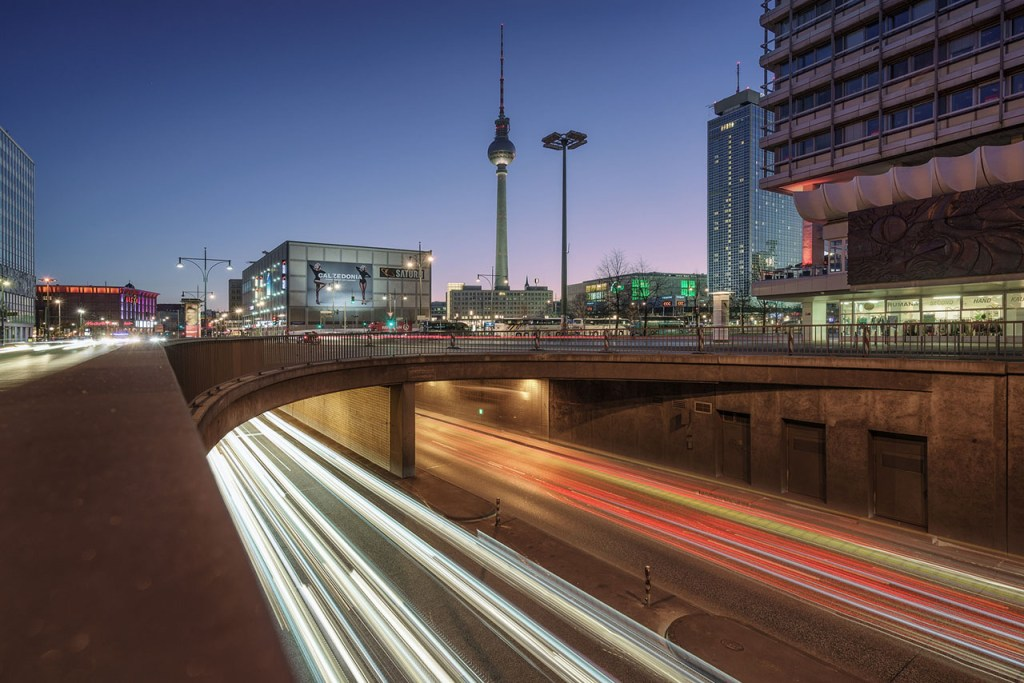 Alexanderplatz mit Fernsehturm in Berlin